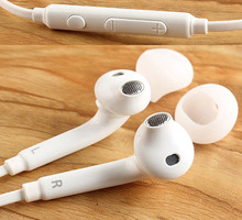 Hot Sale High Quality EarPods Earphone with Mic for Samsung S3 S4 S5 I9800 S6 Edge Note 2/3/4 Mobile Phone universal earphones