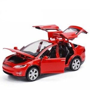 Image 3 - Modèle voiture Tesla X en alliage 1:32, jouet électronique avec feux de Simulation et voiture musicale, idée cadeau pour enfants