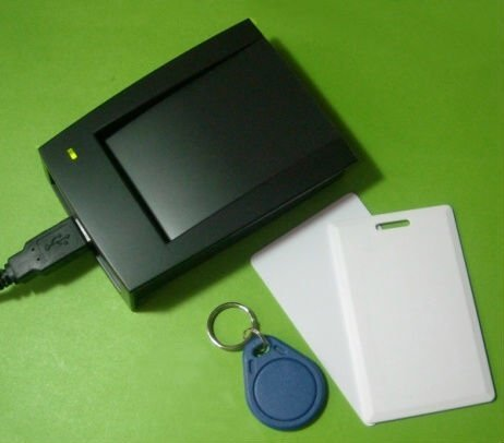USB 125KHz RFID Reader +  ISO EM4100 Clamshell ID Card + Keyfob + Thin Card with printed serial number Driver FREE plug and play
