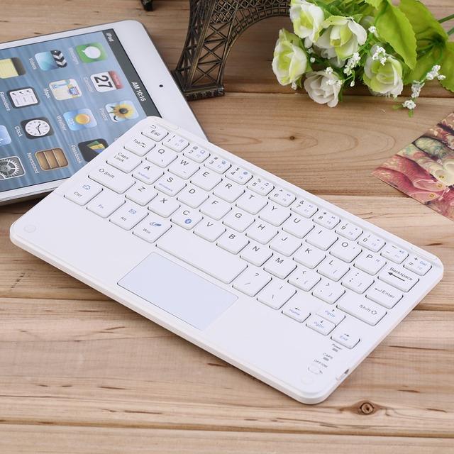 Nueva 7 pulgadas universal android windows tablet teclado bluetooth inalámbrico con touchpad para samsung tab para microsoft al por mayor