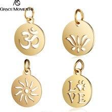 90d16fd4373 30 pçs lote 316L Encantos da Cor do Ouro de Aço Inoxidável Cortar OM Yoga  Lotus Sun Pingentes Encantos para Jóias Fazendo DIY ac.