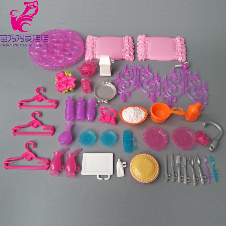 Vaisselle de cuisine accessoires de poupée cintres pour poupées Barbie jouets filles bébé jouer maison de poupée jouets (lot de 40)