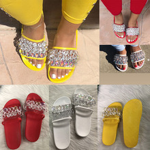 Women Casual Summer Flat Beach Slippers Female Crystal Rivets Slides Slipper Shoes For Girls Fashion Woman Leisure Footwear 2019 summer solid soft leather fish head female slippers flat soft bottom comfort leisure women slipper lazy people slides sjl148