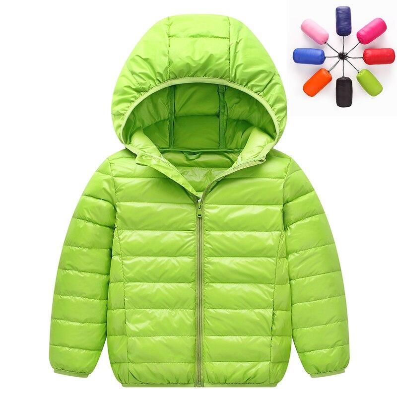 2018 high-end! Для мальчиков и девочек детские зимние короткие легкие, тонкие и теплые с капюшоном 90% белый куртка-пуховик пальто парка верхняя оде...