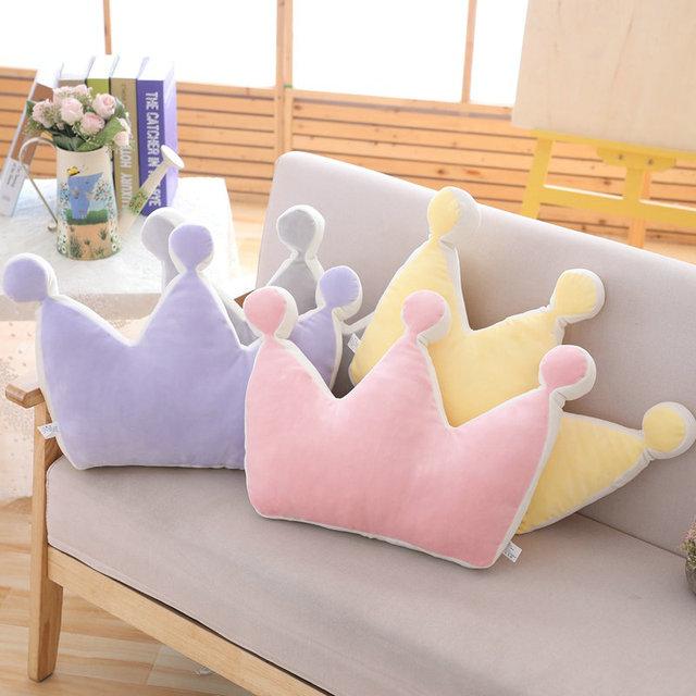 Doux princesse couronne oreiller peluche dormir oreiller fille chambre canapé décor arc-en-ciel nuage étoile célébrité Studio photographie coussin