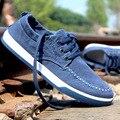 2016 Ocasional do Verão Sapatas de Lona dos homens Denim Respirável Flats Lace Up Homem Calçado de Caminhada Ao Ar Livre Tamanho 39-44 tamanho