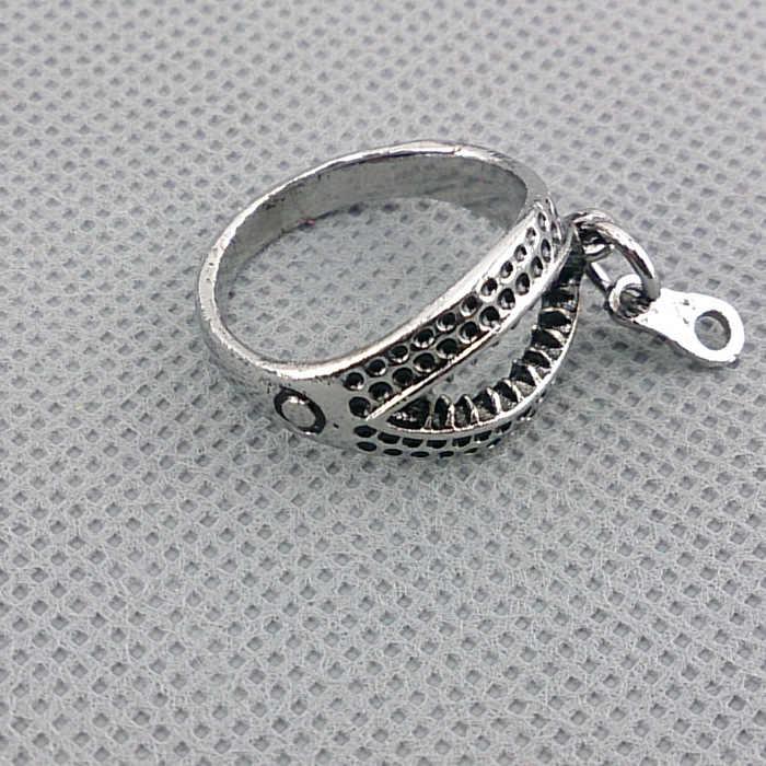 En al azar diámetro 1,8 cm Kaneziki Jin muyan Tokyo Ghoul anillo de aleación metálica de animación juguetes figura de acción
