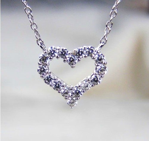 Romantic fashionable design heart shape synthetic diamonds pendant romantic fashionable design heart shape synthetic diamonds pendant necklace statement love for girl promise jewelry in pendants from jewelry accessories mozeypictures Images