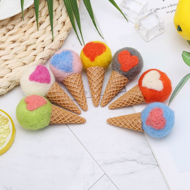 Real Life Plush Clever 5pcs Photography Props Felt Ball Handmade Multi-functional Baby Heart Shape Woolen Diy Decoration