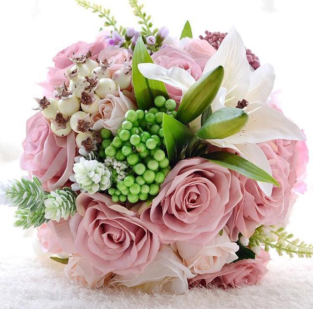 2017 Ramo De La Boda Ramo de mariage Barato Rosa Artificial Rose y Lily con Berry Ramos de Flores de La Boda de Novia de La Boda