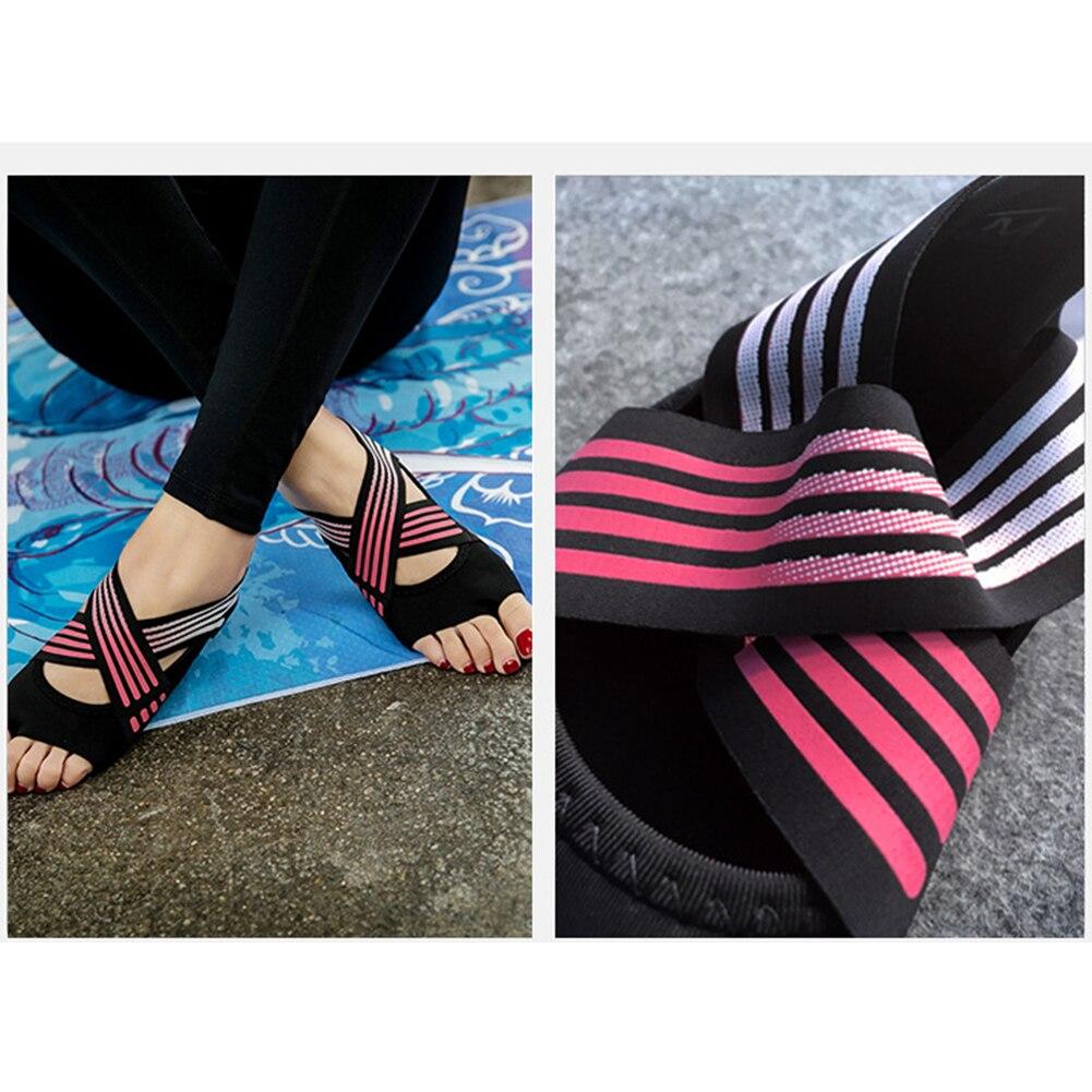 eba318541 Calcetines de Yoga para mujer suaves antideslizantes calcetines sin dedos  para Yoga Pilates Ballet Fitness JT-Drop Ship