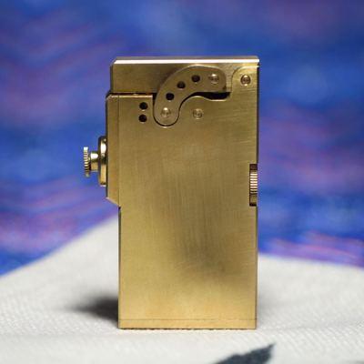Vintage Brass mechanical automatic ejection oil lighter Retro steam Punk fluid lighter