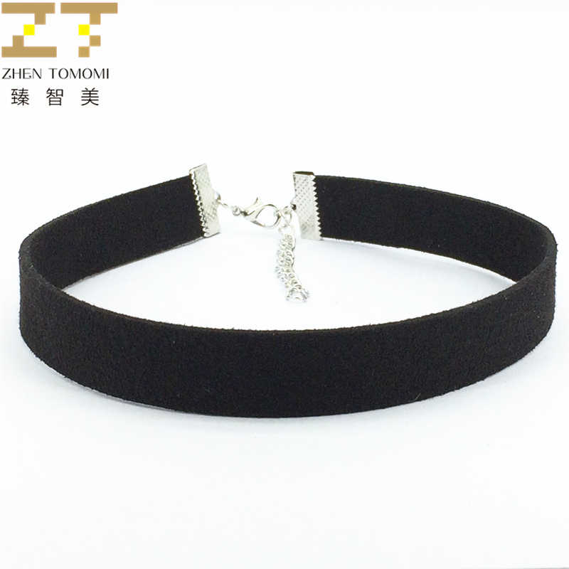 fe7ccda5b2559 2018 Hot Fashion Torques Collar Bijoux Pure Black Velvet Leather Maxi  Statement False Collar Chokers Necklace For Women Jewelry