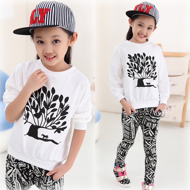 Niños streetwear hip hop ropa Niñas moda Trajes manga larga t-shirt +  Pantalones holgados 6ae10e2d2e3