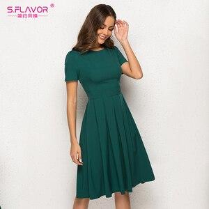 Image 3 - S.FLAVOR Women Summer A Line Dress Short Sleeve O Neck Knee Length Solid Dress New Fashion Women Vintage Green Midi Dresses