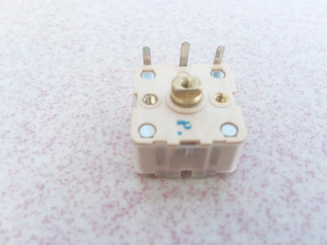 2 PCS  Radio variable capacitance double 223P  type  adjustable capacitor Radio Parts Contactors