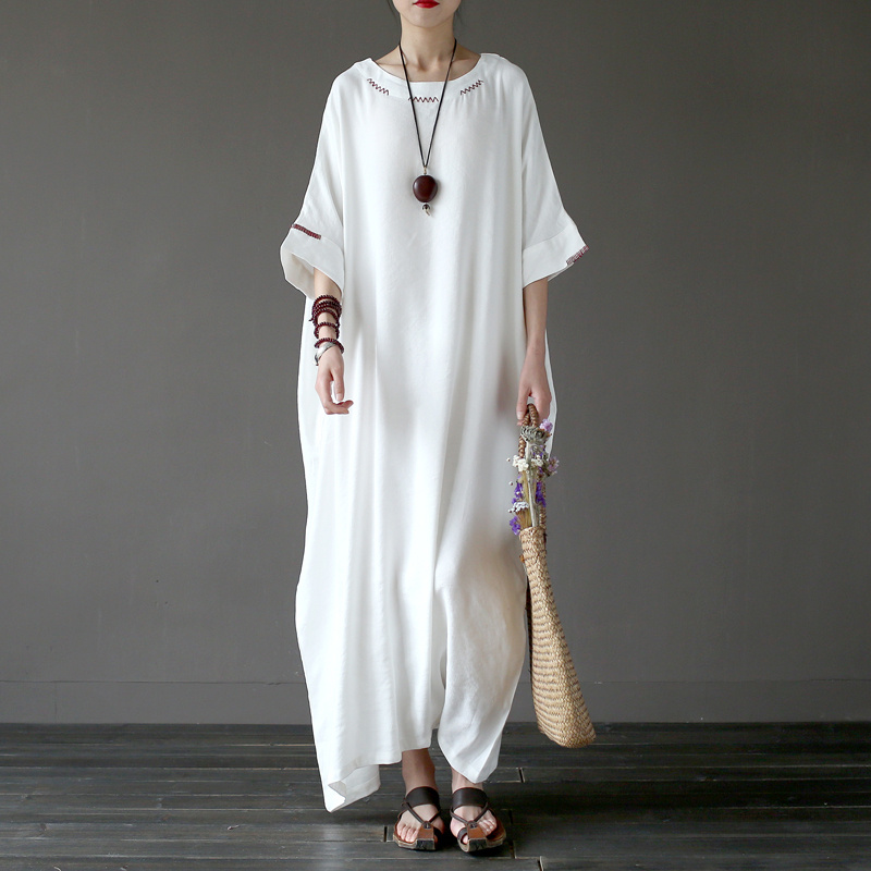 Johnature 2019 New Hand made Embroidery Loose White Cotton Linen Robe Half Sleeve Vintage Dress