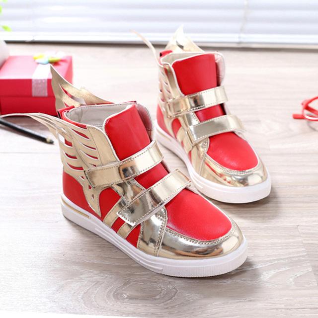 6 cores 2017 Crianças sapatos com Sapatos Menino da criança meninas sapatos sapatilhas crianças led Iluminado asas size27-37