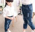 Дети сломанной штаны брюки 2016 мальчиков девушки джинсы бренд мода осень 2-8Yrs дети брюки детская одежда