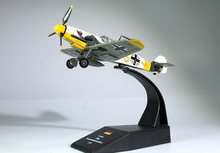 лучшая цена WLTK 1/72 Scale Military Model Toys German Bf-109 Fighter Diecast Metal Plane Model Toy For Collection,Gift,Kids