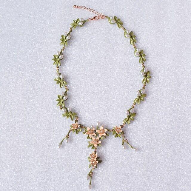 ea61d7f56002 2017 Maxi collar Collier Retro de lujo lily flor cadena collares y colgantes  cadenas para regalo