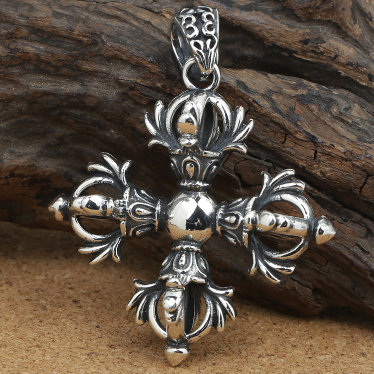 number of wholesale manufacturers S925 silver jewelry silver love sweater chain Silver Pendant Vajra Cross Pendantnumber of wholesale manufacturers S925 silver jewelry silver love sweater chain Silver Pendant Vajra Cross Pendant