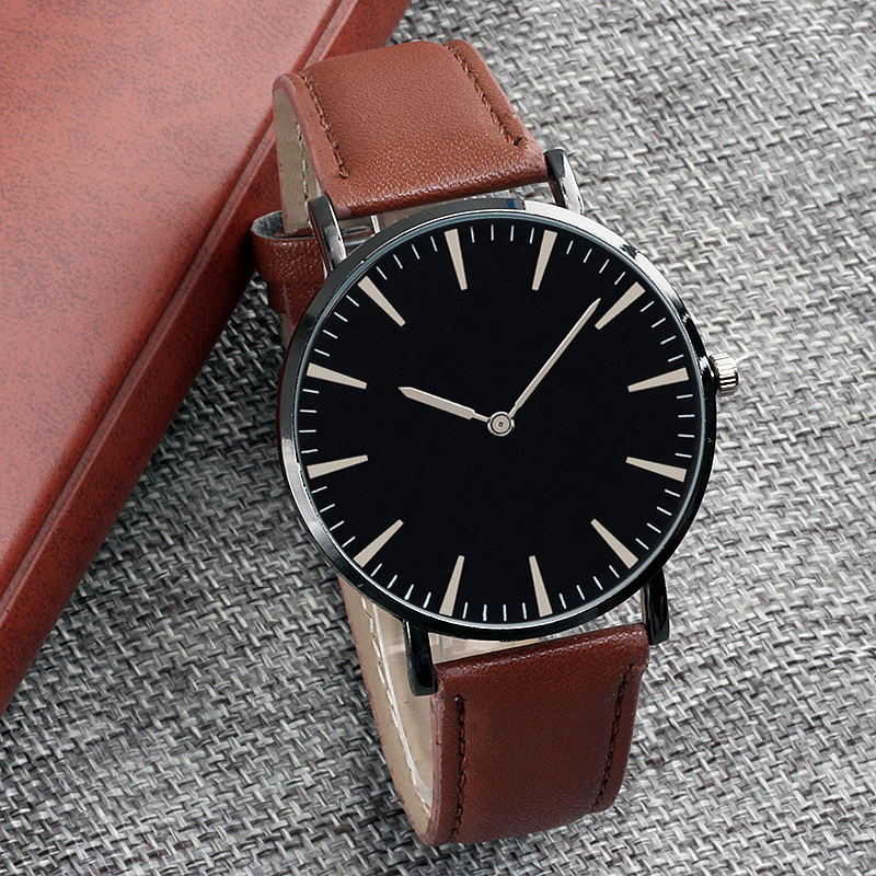 Hot Classic Quartz Couple Wrist Watch Men And Women Watches Relogio Feminino leather Strap Wristwatches Reloj Mujer Clock Gift couple fashion fashionable verycomfortable wearing nylon strap analog quartz round wrist watch watches women clock reloj