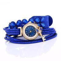 montres cadran diamant Montres Bella Risse https://bellarissecoiffure.ch