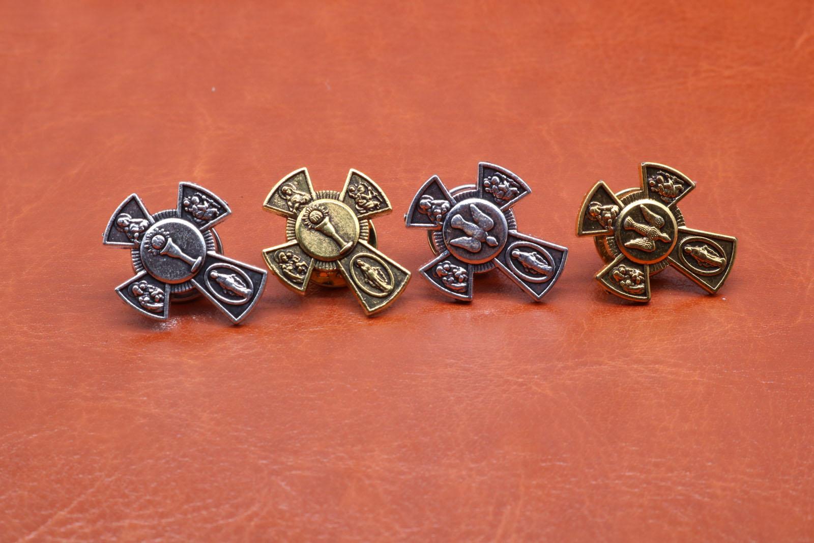 Religion wholesale 100PCS. zinc alloy retro cross. Peace pigeon. Holy Grail brooch.