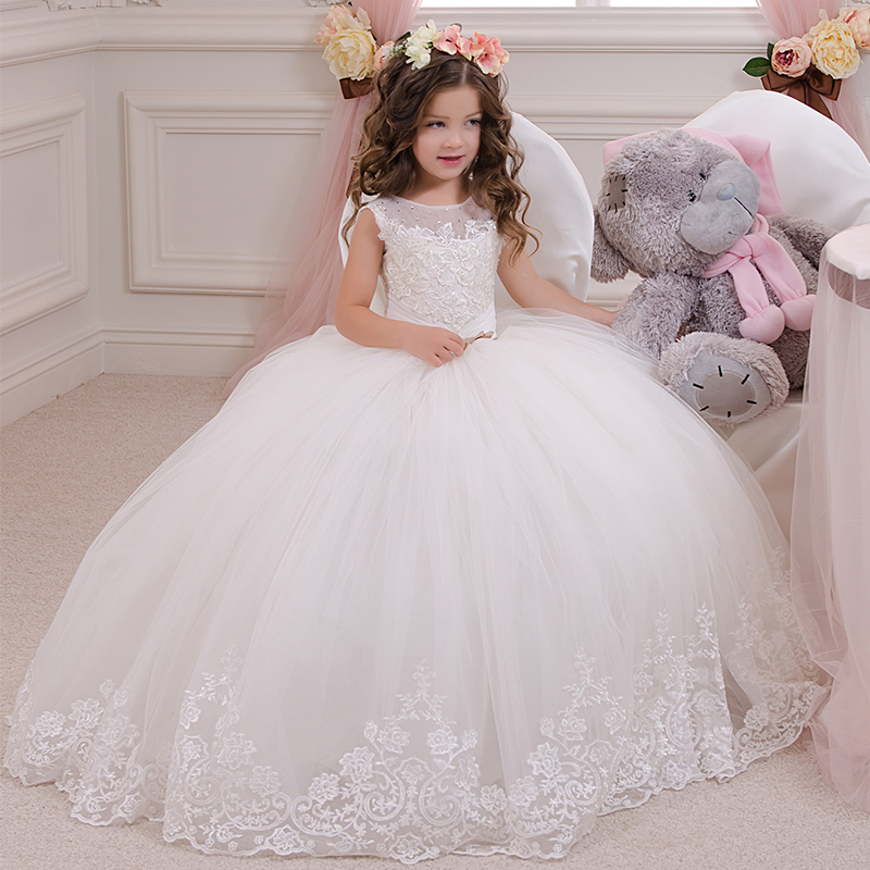 Stunning Sleeveless Lace Appliques Kids First Communion Gowns Sheer Crew Neckline Beaded Girls Tulle Puffy Ball Gown for Wedding stunning elegant lace appliques half sleeves ruffles floor length heirloom white holy communion kids dresses 0 12 y girls gowns