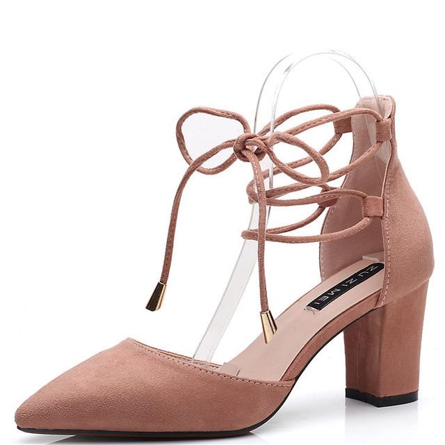 1671e619c Sapatos de renda das mulheres 2018 novo grosso com sapatos de verão de alta- salto