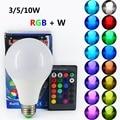 E27 RGB CONDUZIU a Lâmpada de Luz 110 V 220 V RGB + W LED Lâmpada 3 W 5 W 10 W 85-265 V Com Controle Remoto IR De Poupança Enegry Lampara A65 A70 A80