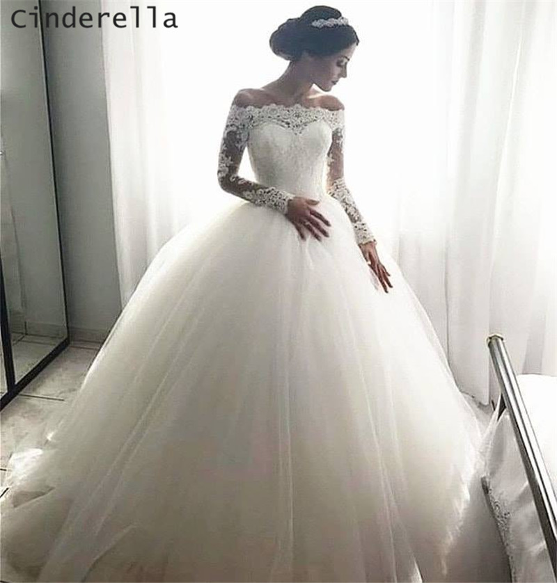 Cinderella Ivory Color Boat Neck Long Sleeves Ball Gown Soft Tulle Lace Applique Wedding Dresses Luxury Lace Brdal Dresses