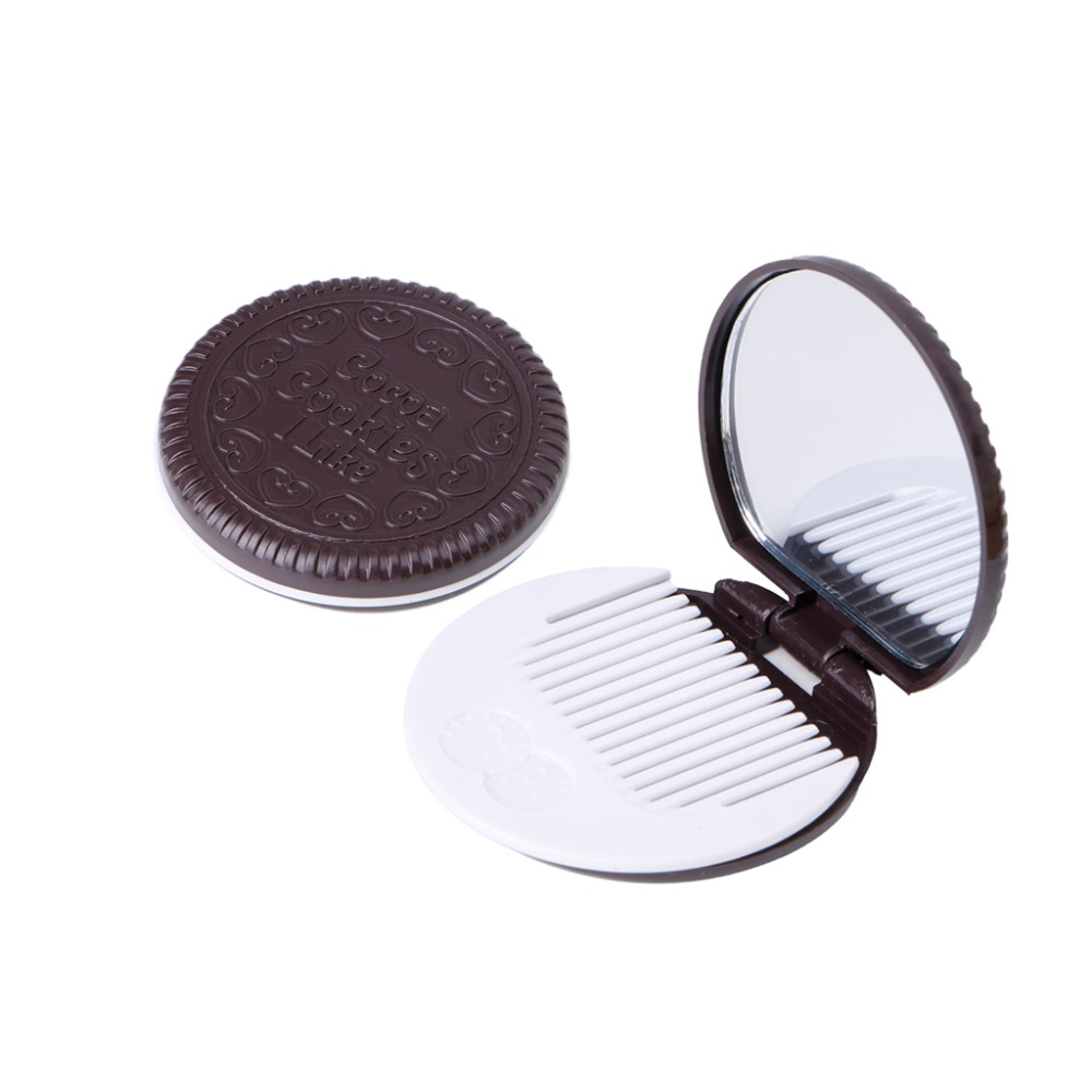 Купить с кэшбэком Pack of 2 Cookie Shaped Pocket Mirror Lovely Mini Makeup Mirror With Comb