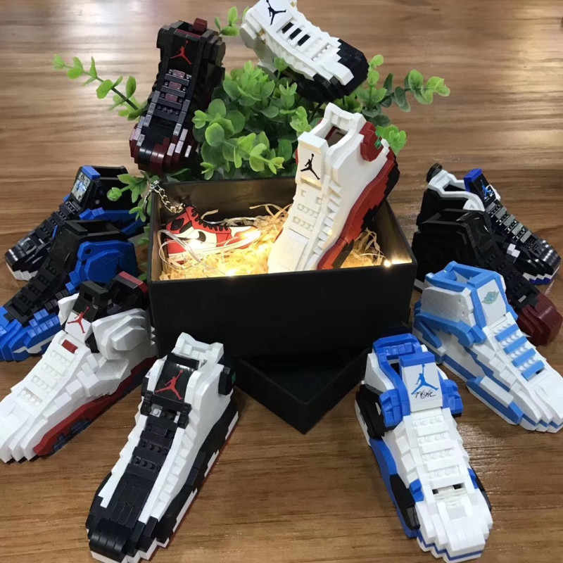 New Creator basketball sneakers model collection hobby lightning black toe DIY toy bricks AJ shoe Compatible Legoings blocks