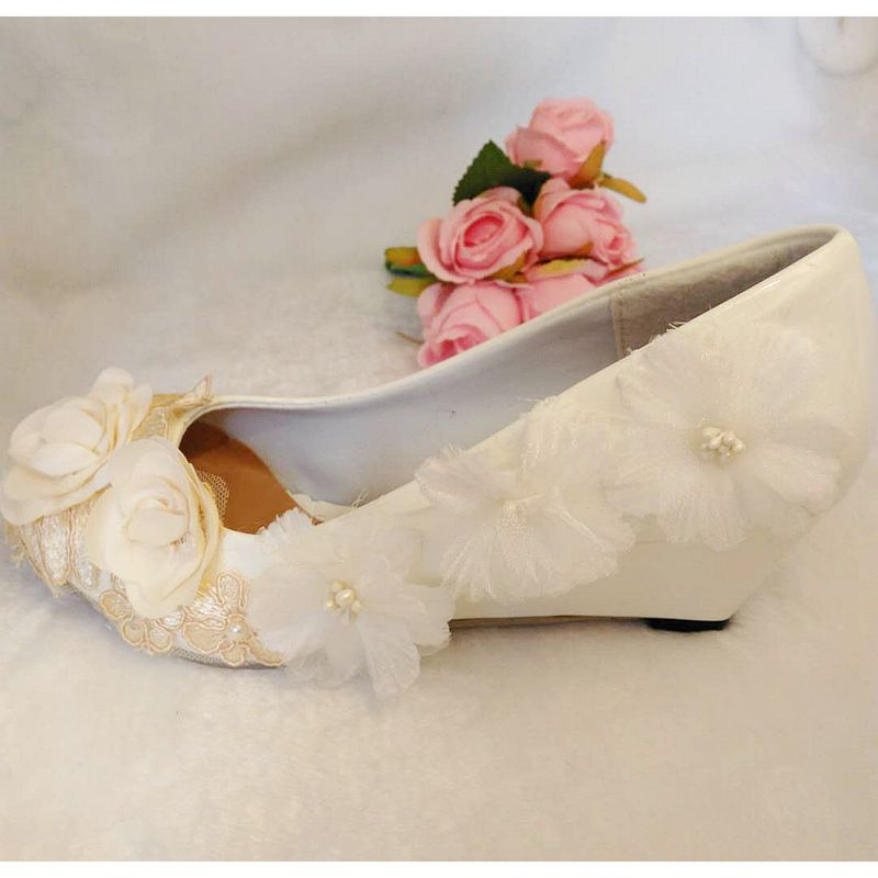 Champagne white flowers wedges heel wedding pumps shoes woman round ...