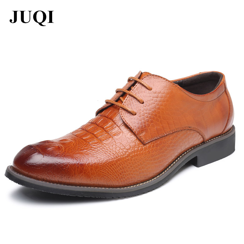 JUQI 2018 Men Shoes Business Leather Dress Shoes Gentle Wedding Dress Flats Pointed Toe Oxfords Shoes Lace Up Designer Men Shoes bimuduiyu lace up designer luxury men shoes fashion pu leather dress shoes pointed toe bullock oxfords shoes men wedding office