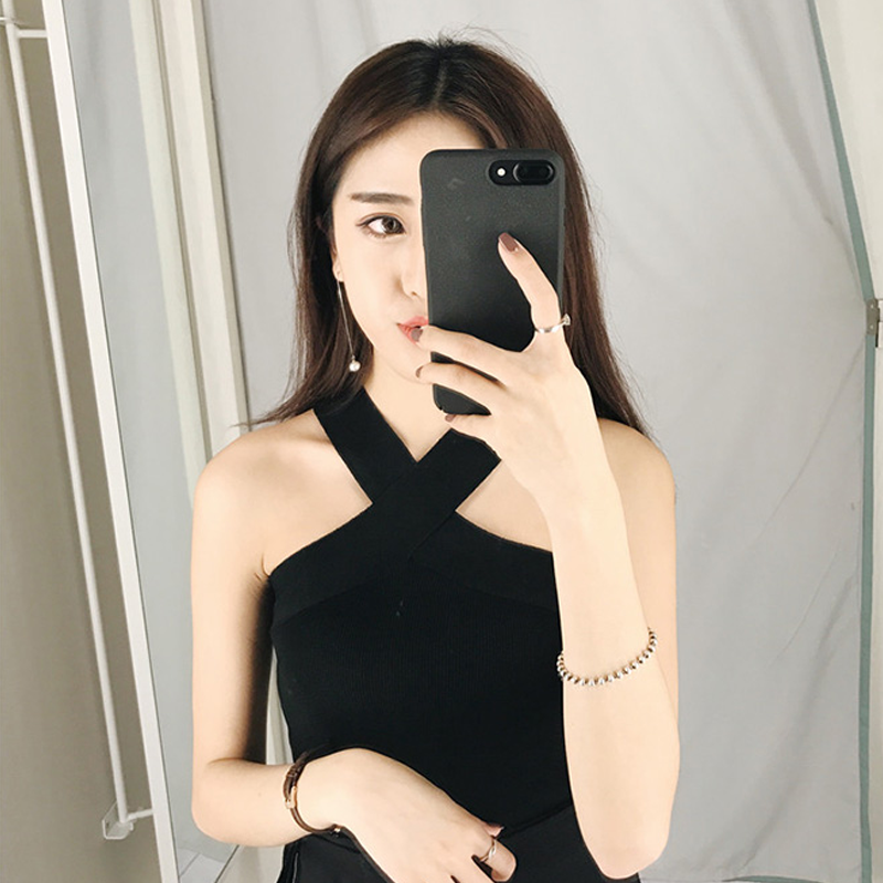 2018 Women Summer V Neck Sexy Korean Sleeveless Vest Knitted Female Tunic Streetwear Bralette Crop Top White Black Pink Xnxee in Camis from Women 39 s Clothing