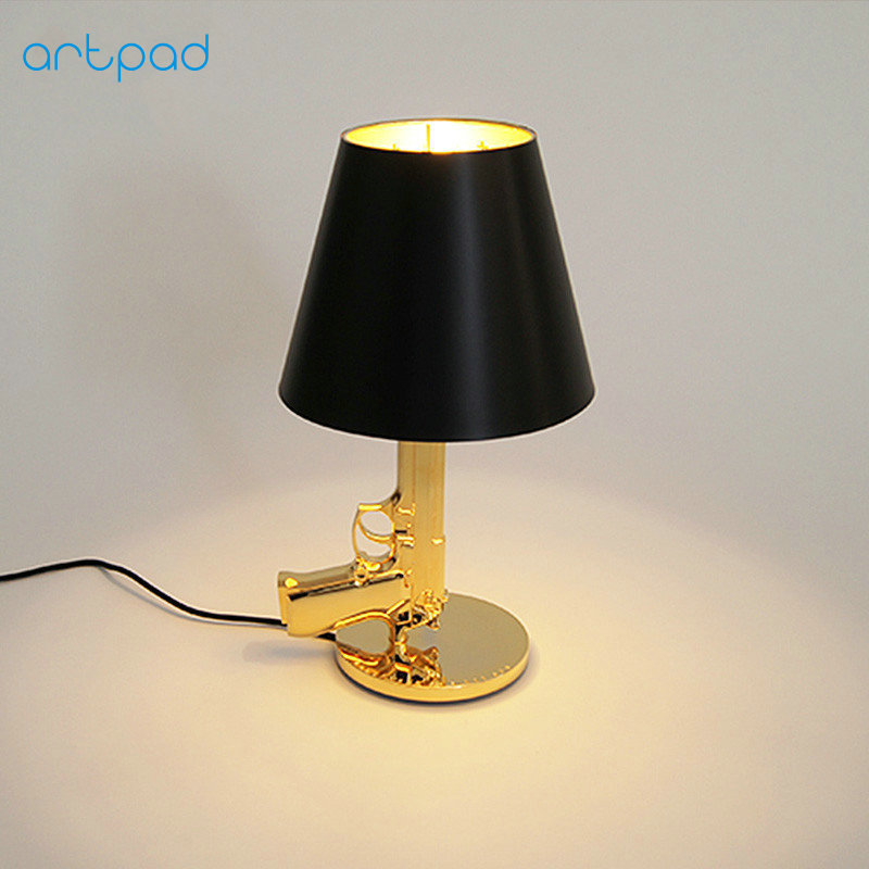 ArtPad Italy Creative Children Bedside Lamps Metal Electroplated Silver/Gold Gun Table Lamp for Study Bedroom Home Lightings E27 2016 new mediterranean lighthouse led lamp children s room bedroom lamps creative bedside table lamp