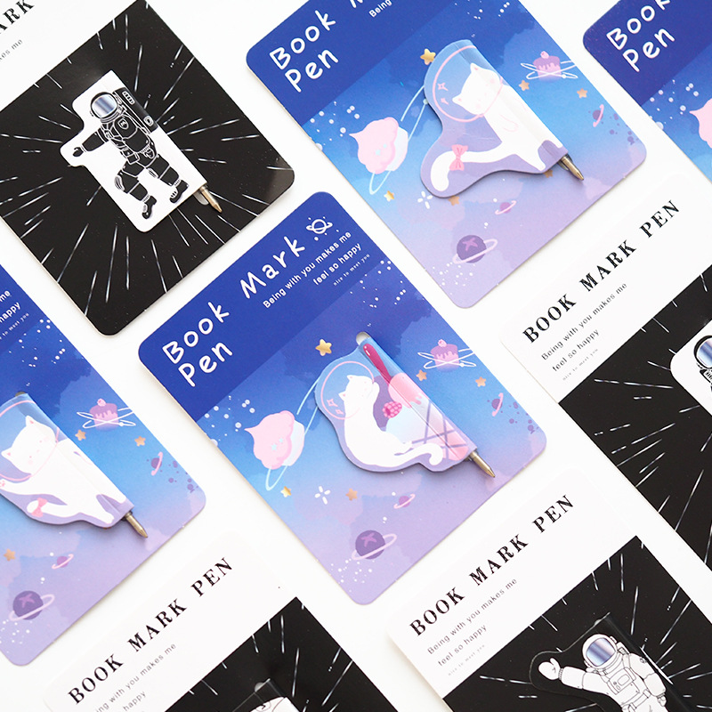 2X Space Cat Magnetic Bookmarks With Pen Books Marker Of Page Stationery School Office Supply Paper Clip