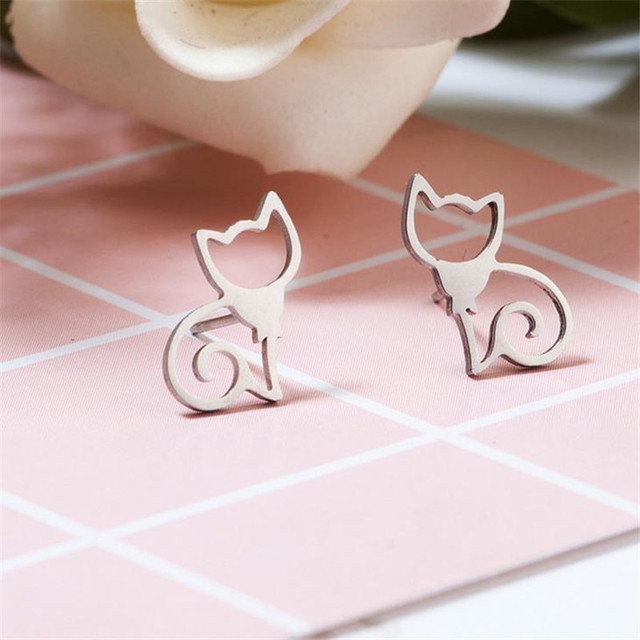 Cat Shaped Hollow Earrings