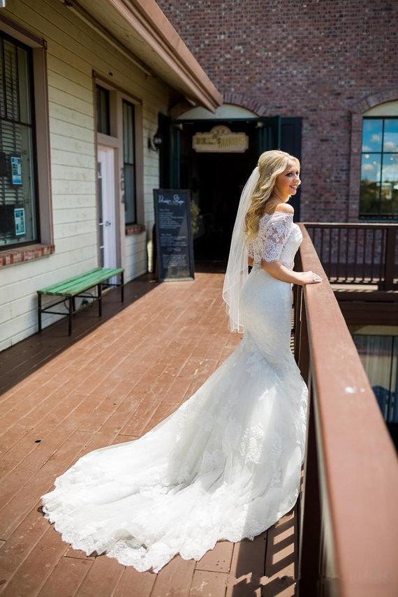 amazing-mermaid-full-lace-wedding-dresses-detachable-half-sleeves-crystal-beaded-sash-covered-button-sweetheart-bridal-gowns-custom-made (3)_
