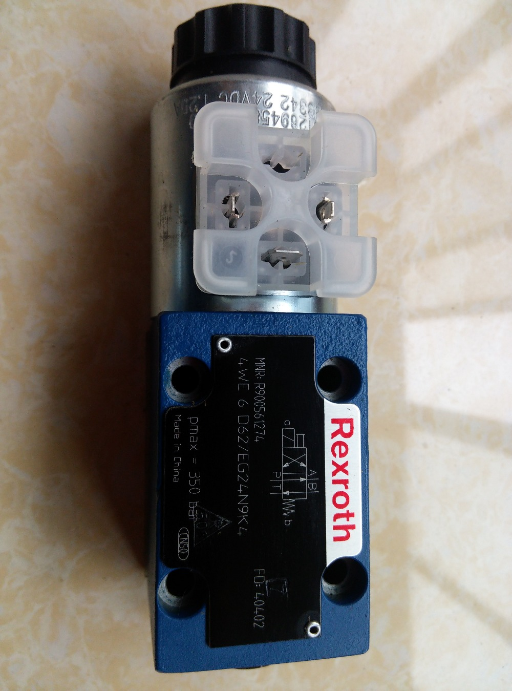 REXROTH Hydraulic valve 4WE6D62/EG24N9K4 solenoid directional valve the structure of world demand