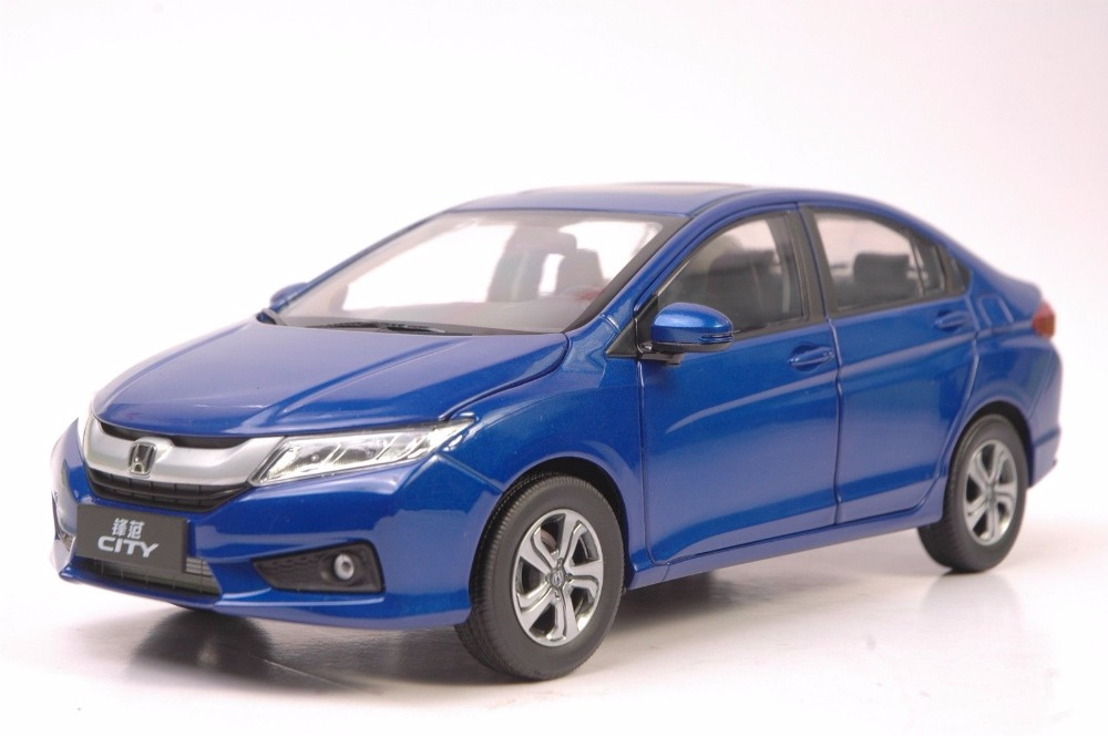 1:18 Diecast Model for Honda City 2015 Blue Alloy Toy Car Miniature Collection Gifts Jazz Fit new red1 18 honda crider 2015 diecast model car alloy toy with cristiano ronaldo signature panel included page 5 page 5