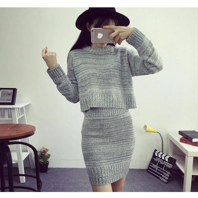 Fashion Women Sweater And Skirt Set Spring Autumn Tops+Short Skirts Europe Slim Long Sleeve Knitted Suit