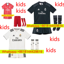 12d53e253 Free patches 2018 Realed Madrided best Quality adult kit soccer Jersey 18 19  Man suit Home