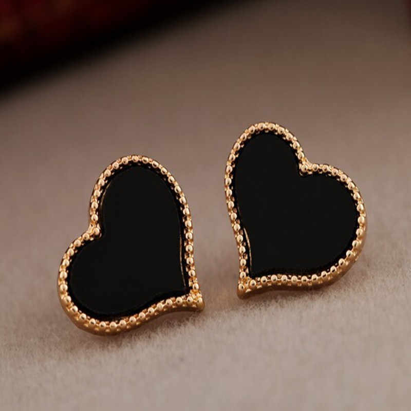 New jewelry lady's simple love heart full of drip earrings for Female Sweet Alloy Stud Earrings gift