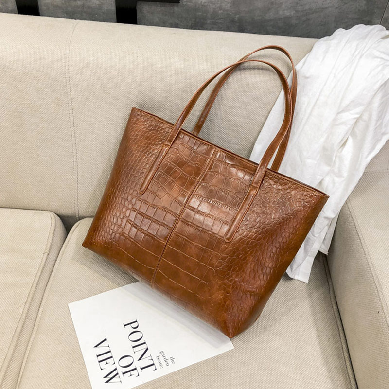 822394a1ab6f Fashion Casual Women Shoulder Bag Brown Crocodile Leather Handbag Retro  Alligator Female Big Tote Bag Bolsa Feminina 2018 XA173H-in Shoulder Bags  from ...