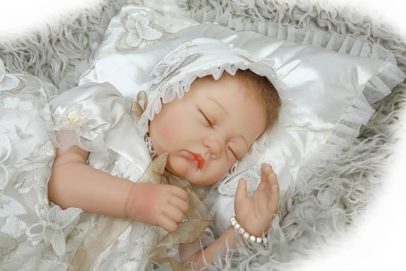 Здесь можно купить  55cm Soft Body Silicone Reborn Baby Dolls Toy For Girls Exquisite Sleeping Newborn Babies Bedtime Toy High Quality Birthday Gift  Игрушки и Хобби