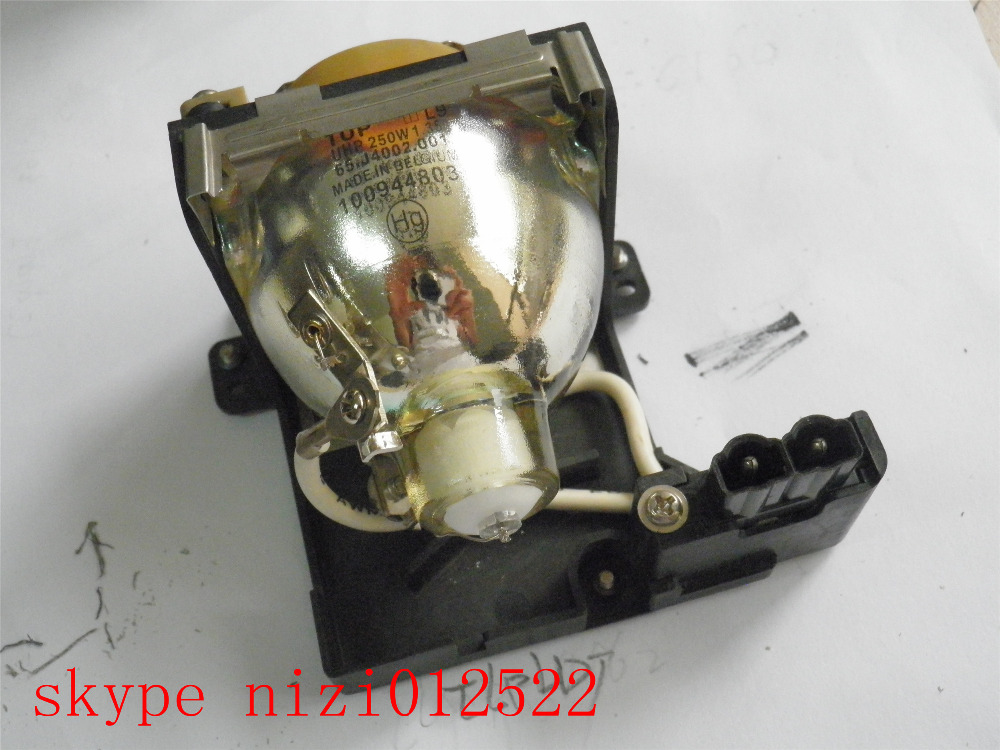 TLPLD1 original quality  TLP-LD1 for TOSHIBA TDP-D1 TDP-D2 Projector Bulb Lamp With Housing projector lamp bulb tlplw1 tlp lw1 for toshiba tlp t400 tlp t401 tlp t500 tlp t501 tlp t700 tlp t701 tlp 620 with housing
